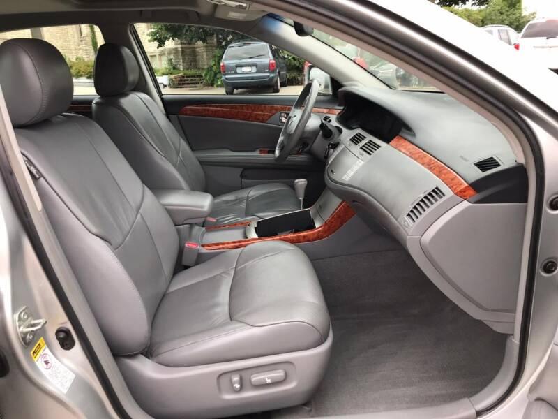 2005 Toyota Avalon Limited 4dr Sedan - Kenosha WI