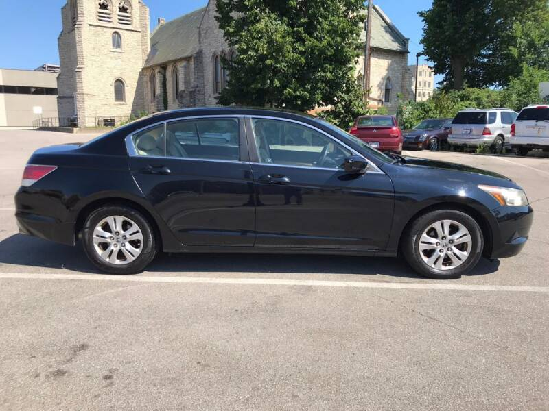 2008 Honda Accord LX-P 4dr Sedan 5A - Kenosha WI