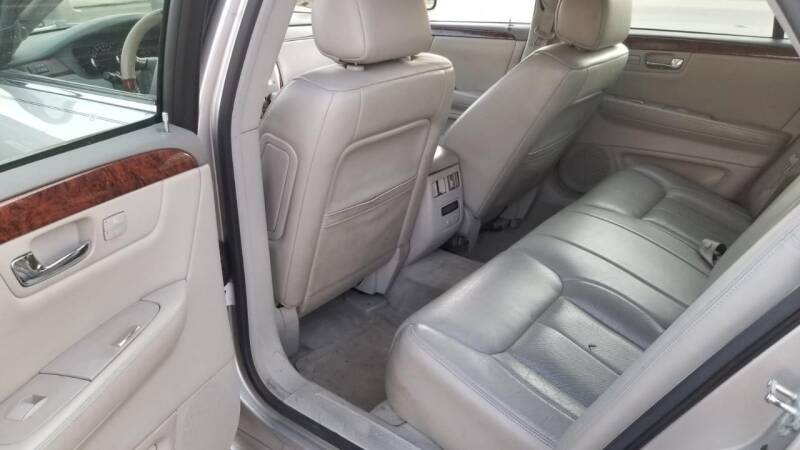 2006 Cadillac DTS Luxury I 4dr Sedan - Kenosha WI