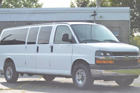 2016 Chevrolet Express Passenger for sale in Evanston, IL
