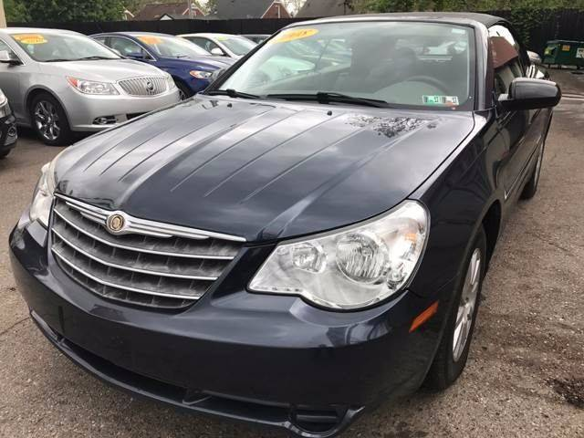 2008 Chrysler Sebring car for sale in Detroit