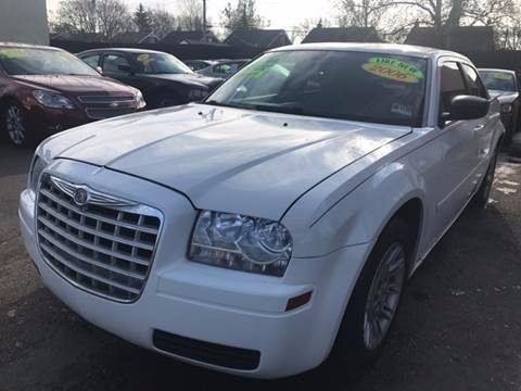 2006 Chrysler 300 car for sale in Detroit