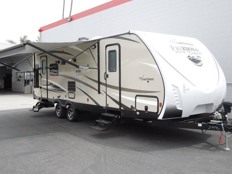 2018 Coachmen Freedom Express 281RLDSLE  - Oxnard CA