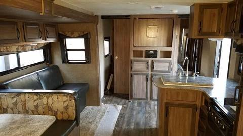 2017 Pacific Coachworks Surfside 26BHS - Oxnard CA