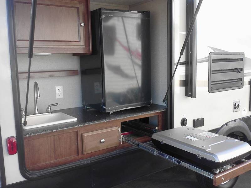 2017 Coachmen Freedom Express 248RBS  - Oxnard CA