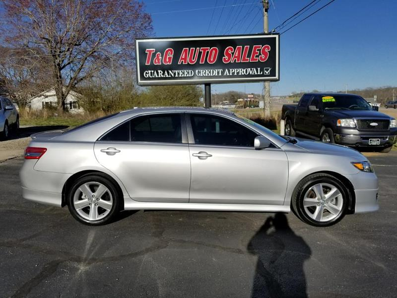 2011 Toyota Camry LE V6 4dr Sedan 6A In Florence AL - T & G Auto Sales