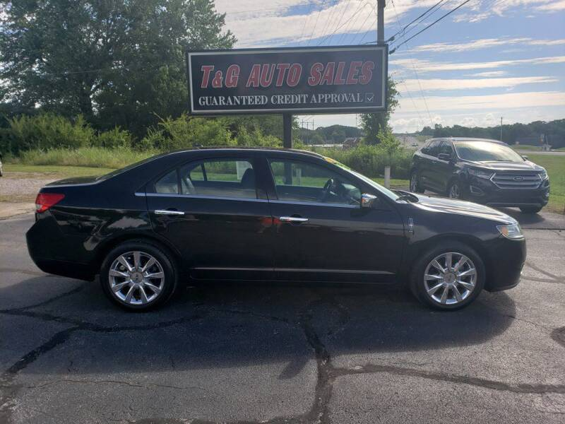 2011 Lincoln MKZ for sale at T & G Auto Sales in Florence AL