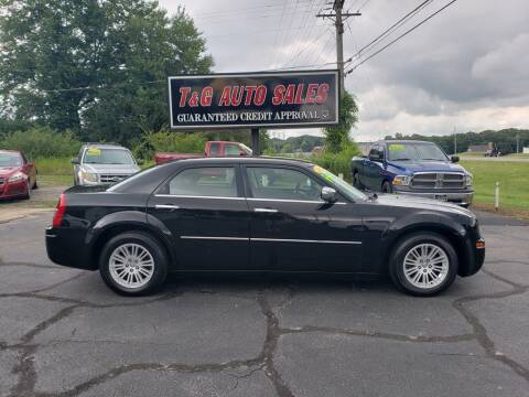 2010 Chrysler 300 for sale at T & G Auto Sales in Florence AL