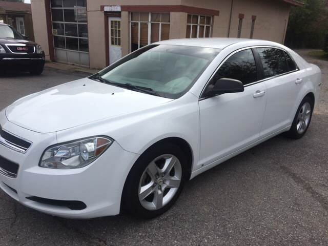 2010 Chevrolet Malibu for sale at A J'S Auto Sales in Hopkinsville KY