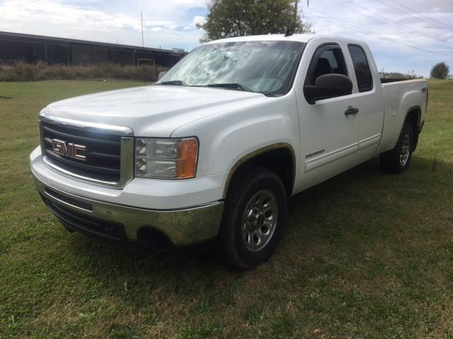 2010 GMC Sierra 1500 for sale at A J'S Auto Sales in Hopkinsville KY