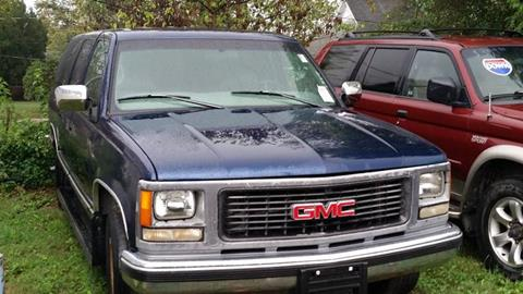 1998 GMC Suburban for sale in Montezuma, IN