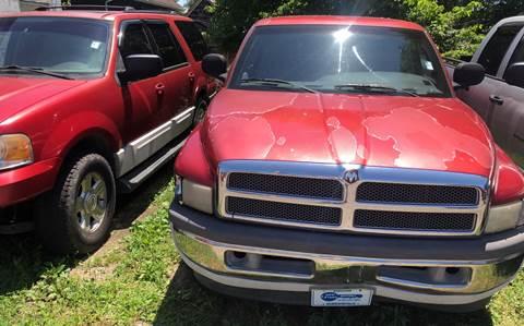 1998 Dodge Ram Pickup 1500 for sale at New Start Motors LLC in Montezuma IN