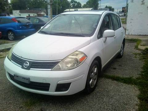 2008 Nissan Versa 1.8 SL for sale at New Start Motors LLC in Montezuma IN