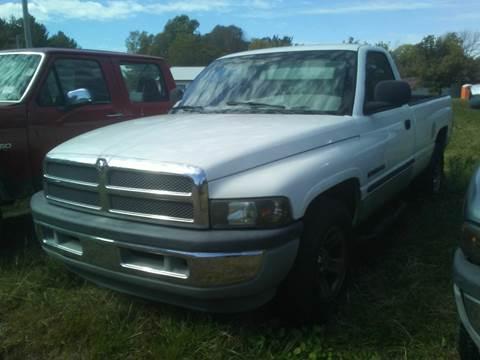 2001 Dodge Ram Pickup 1500 for sale at New Start Motors LLC - Rockville in Rockville IN