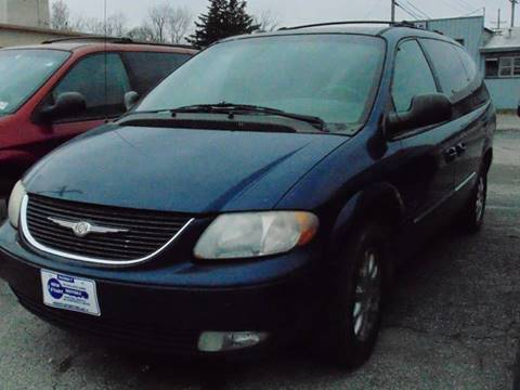 2002 Chrysler Town and Country for sale at New Start Motors LLC - Crawfordsville in Crawfordsville IN