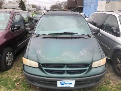 1999 Dodge Caravan for sale at New Start Motors LLC in Montezuma IN