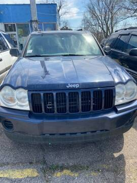 2005 Jeep Grand Cherokee for sale at New Start Motors LLC in Montezuma IN