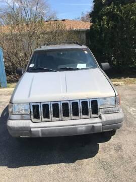 1998 Jeep Grand Cherokee Laredo for sale at New Start Motors LLC - Crawfordsville in Crawfordsville IN