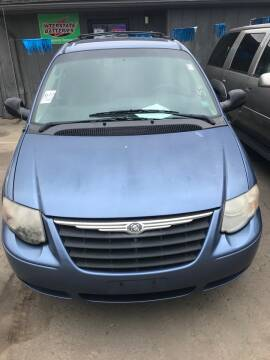 2007 Chrysler Town and Country for sale at New Start Motors LLC - Crawfordsville in Crawfordsville IN