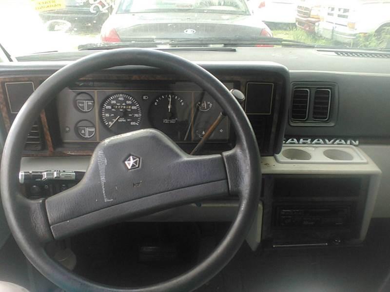 1990 Dodge Caravan 3dr SE Mini-Van - Rockville  IN