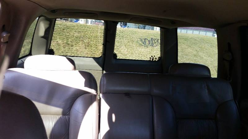 1998 Chevrolet Tahoe LT 4dr SUV - Rockville