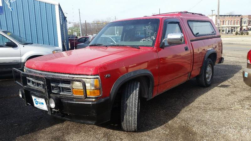 1995 Dodge Dakota 2dr Standard Cab SB - Montezuma IN