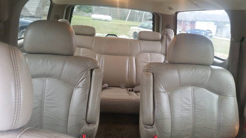 2002 Chevrolet Suburban 1500 LT 4WD 4dr SUV - Rockville