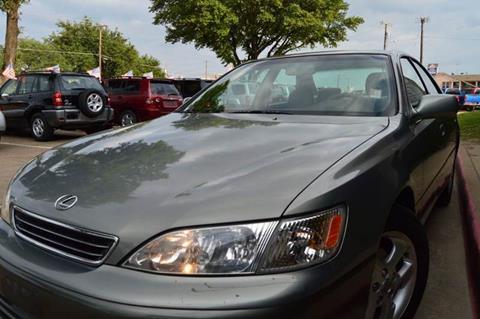 2000 Lexus ES 300 for sale at E-Auto Groups in Dallas TX