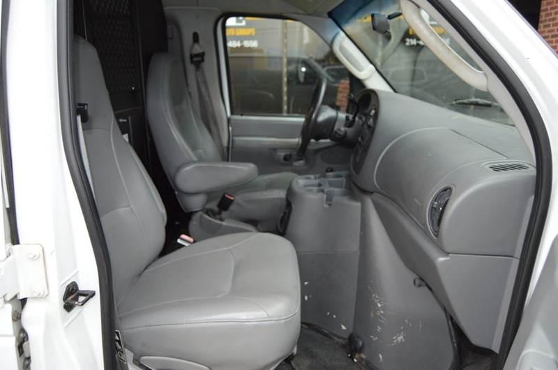 Remarkable 2003 Ford E Series Cargo E 350 Sd 3Dr Cargo Van In Dallas Tx Alphanode Cool Chair Designs And Ideas Alphanodeonline
