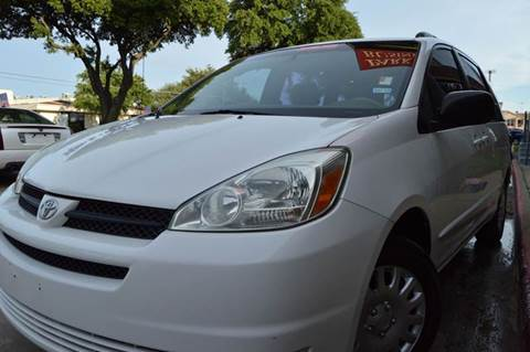 2004 Toyota Sienna for sale at E-Auto Groups in Dallas TX