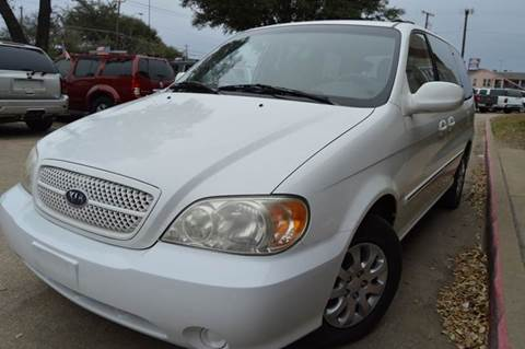 2004 Kia Sedona for sale at E-Auto Groups in Dallas TX