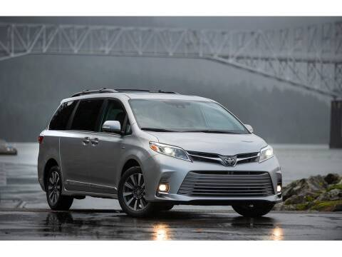 2020 Toyota Sienna for sale at Xclusive Auto Leasing NYC in Staten Island NY