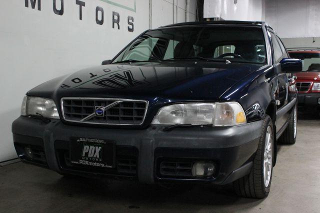2000 Volvo V70 XC SE AWD 4dr Turbo Wagon In Portland OR