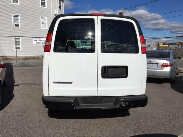 2007 Chevrolet Express Cargo 1500 3dr Cargo Van - New Bedford MA