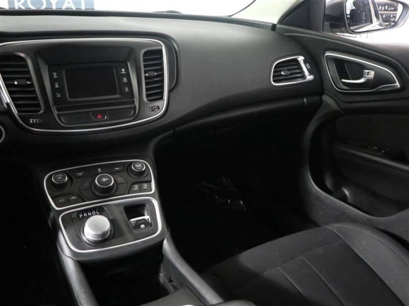 2015 Chrysler 200 Limited 4dr Sedan - Hillsboro OR