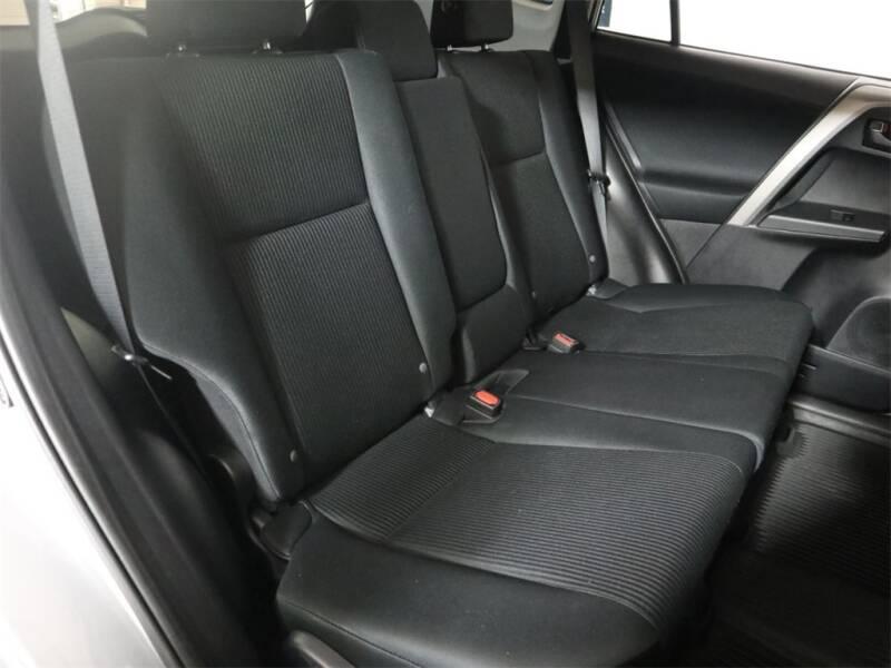 2017 Toyota RAV4 AWD LE 4dr SUV - Hillsboro OR