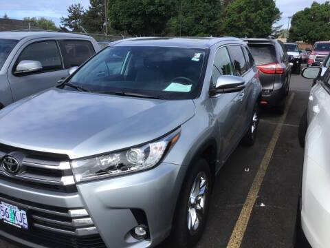2019 Toyota Highlander Limited for sale at Royal Moore Custom Finance in Hillsboro OR