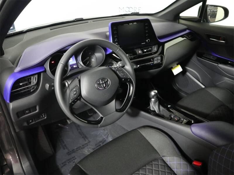 2020 Toyota C-HR XLE 4dr Crossover - Hillsboro OR