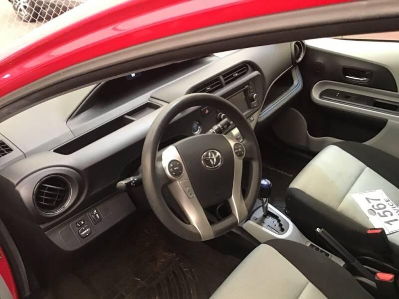 2013 Toyota Prius c Three 4dr Hatchback - Hillsboro OR