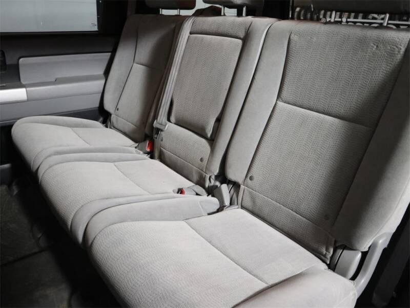 2008 Toyota Sequoia 4x4 SR5 4dr SUV (5.7L) - Hillsboro OR
