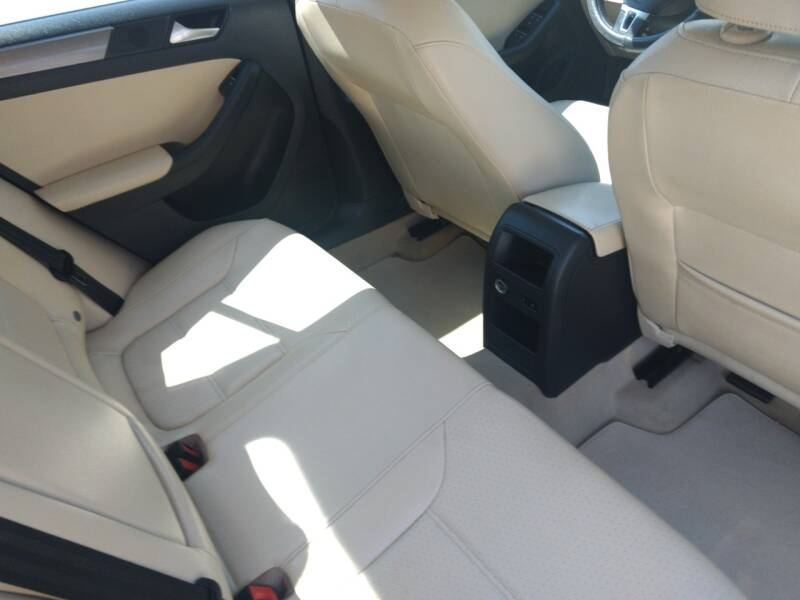 2013 Volkswagen Jetta TDI 4dr Sedan 6A - Mckinney TX