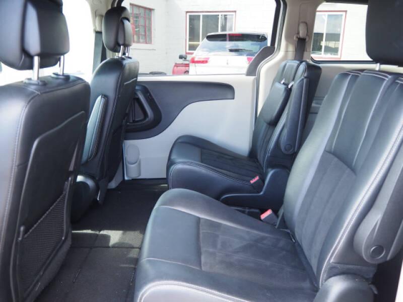 2019 Dodge Grand Caravan SXT 4dr Mini-Van - Lindstrom MN