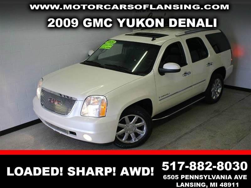 2009 GMC YUKON DENALI AWD 4DR SUV white navigationdvdrear view cameracaptain chairsmoonroof3