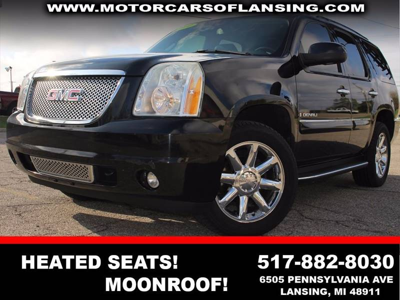 2007 GMC YUKON DENALI AWD 4DR SUV onyx black moonroof dvd heated seats       drive comfortably