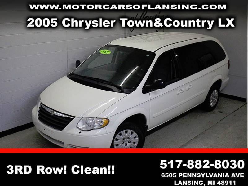 2005 CHRYSLER TOWN AND COUNTRY LX white third row seating clean low miles  3 month 4000 mil