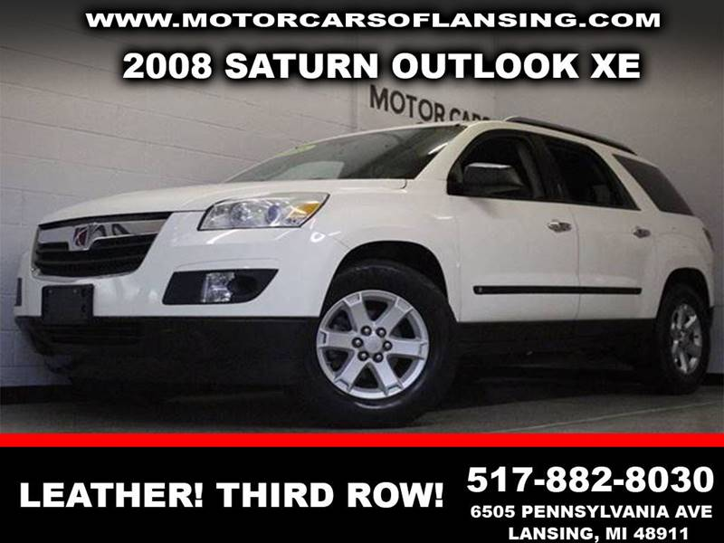 2008 SATURN OUTLOOK XE white leathercaptain chairs third row seating clean  3 month 4000 m