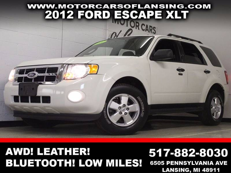 2012 FORD ESCAPE XLT white awd leather bluetooth auxiliary dual zone ac  3 month 4000 mi