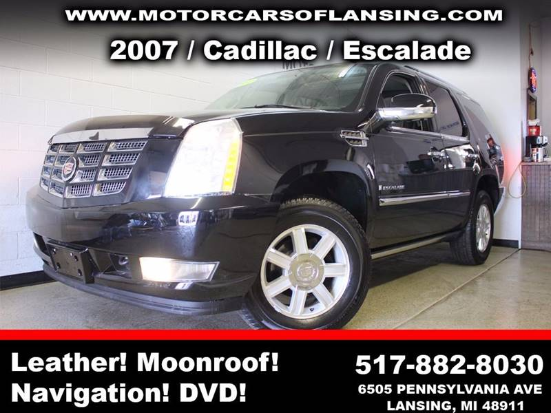 2007 CADILLAC ESCALADE BASE AWD 4DR SUV black sunroof leather wow this vehicle is loaded   all