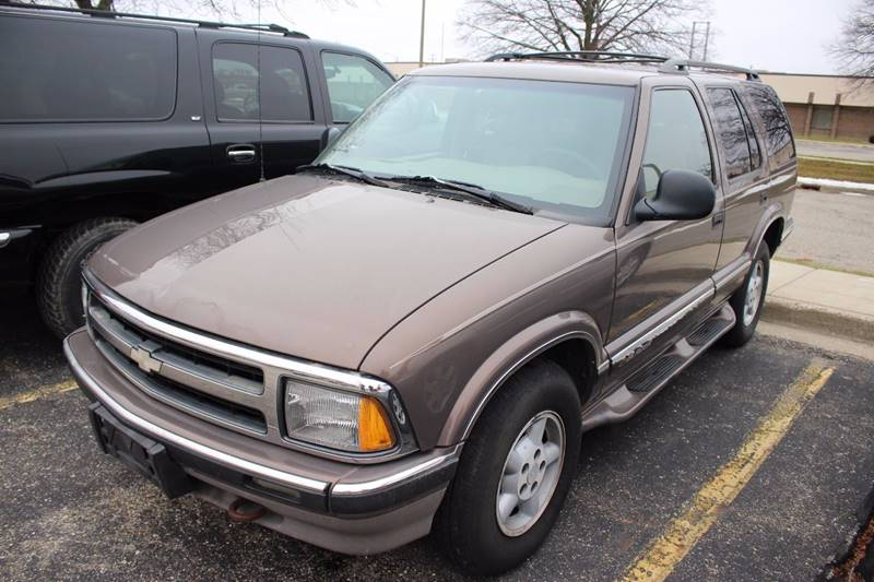 1997 CHEVROLET BLAZER BASE 4DR 4WD SUV brown front air conditioning center console power steeri