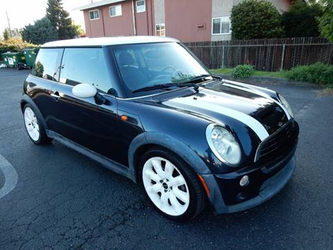 2006 MINI Cooper for sale at INTEGRITY AUTO SALES LLC in Seattle WA